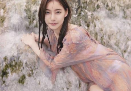Araki Yuko 新木優子