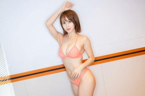 Inudo Minori 犬童美乃梨
