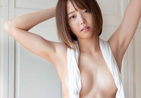 Yoshino Shihomi 吉野七宝実