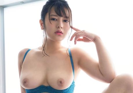 Kamiki Sara 神木サラ