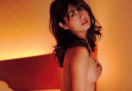 Kobayashi Ayana 小林礼奈