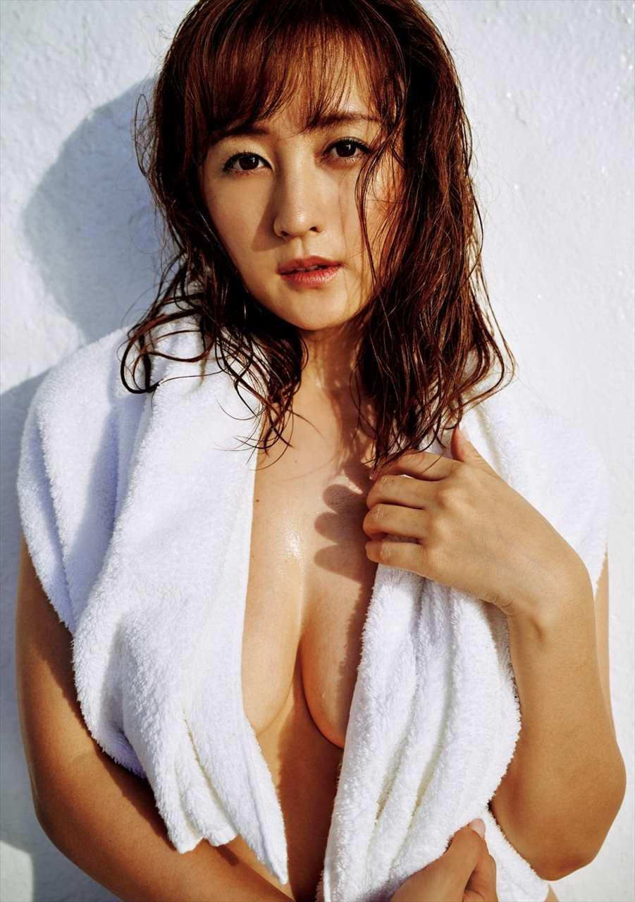 Komatsu Ayaka 小松彩夏