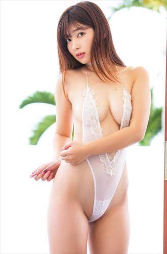 Ishioka Mai 石岡真衣