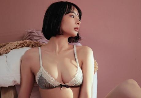 Okada Sayaka 岡田紗佳