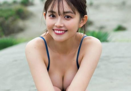 Mori Hinami 森日菜美