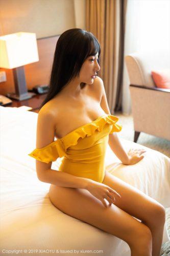 He Jia Ying 何嘉颖