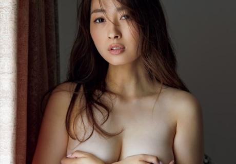 Tonokura Megumi 殿倉恵未