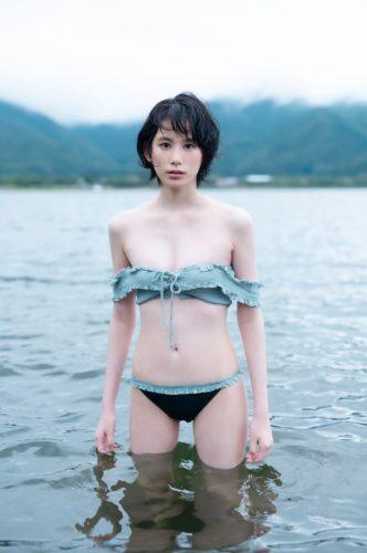 Kinjo Mana 金城茉奈