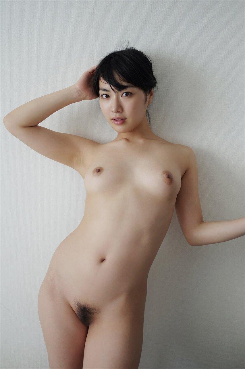 Yume Kana 由愛可奈
