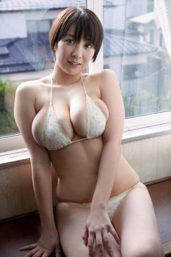 Konno Shiori 紺野栞