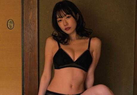 Kominato Yuka 小湊優香