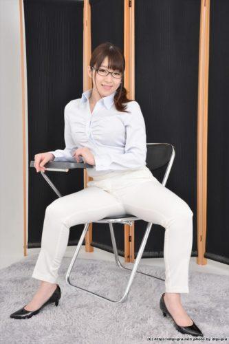Shinkawa Aina 新川愛七