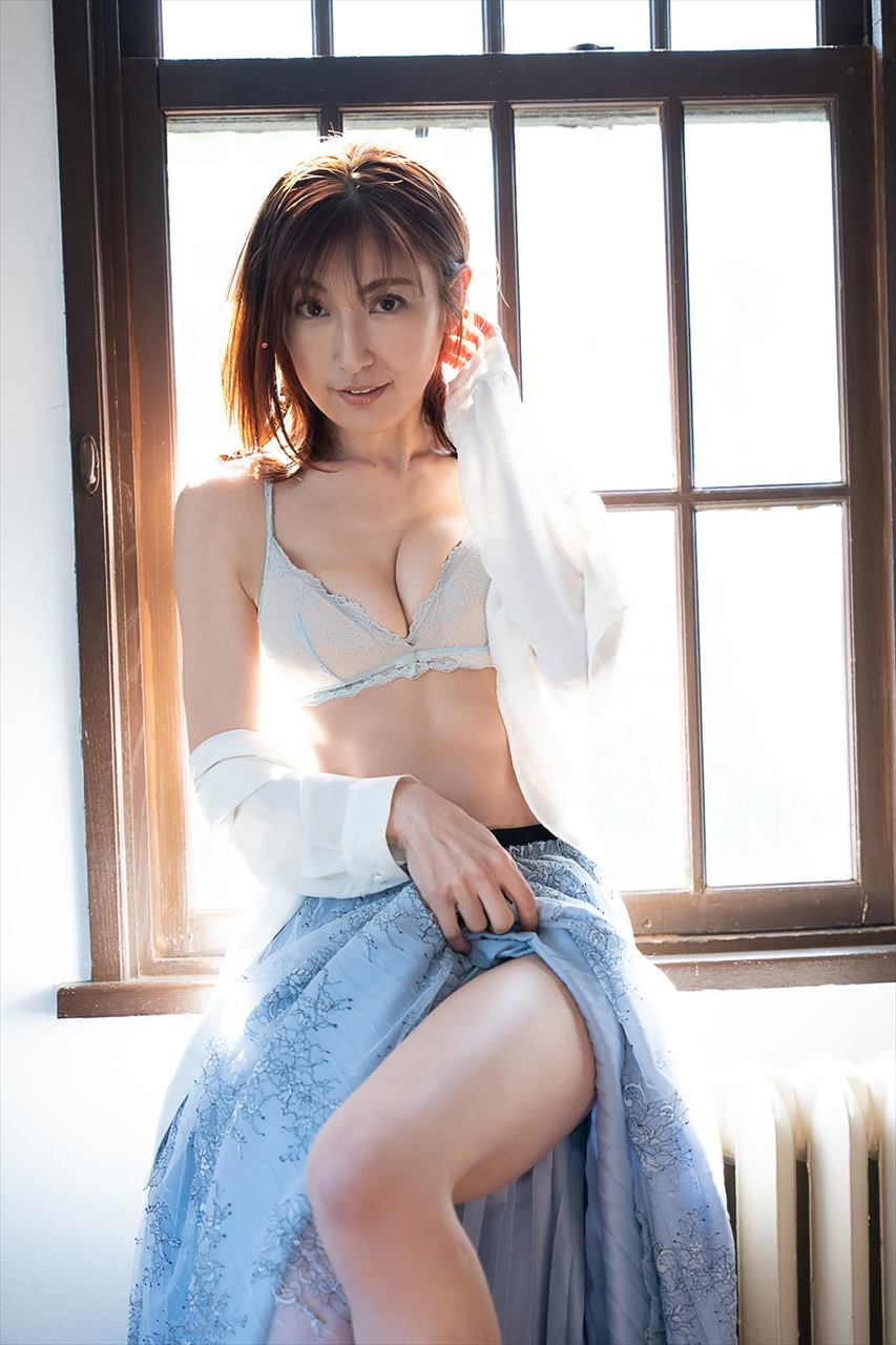 Kumada Yoko, Kumakiri Asami & Shiochi Misumi 熊田曜子, 熊切あさ美 & 塩地美澄