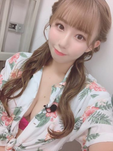Hino Mai 日野麻衣