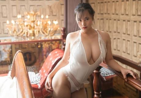 Chun Xiao Rui Rui 春晓瑞瑞
