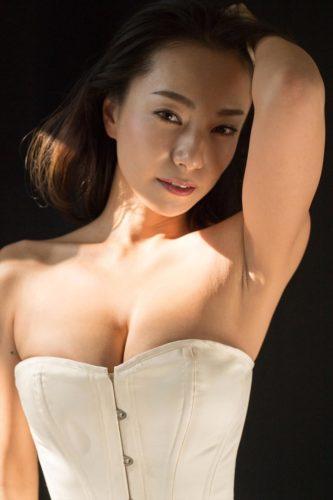 Mifune Mika 三船美佳