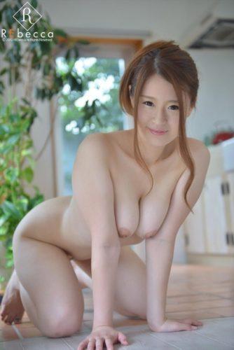 Ayahara Mai 綾原まい