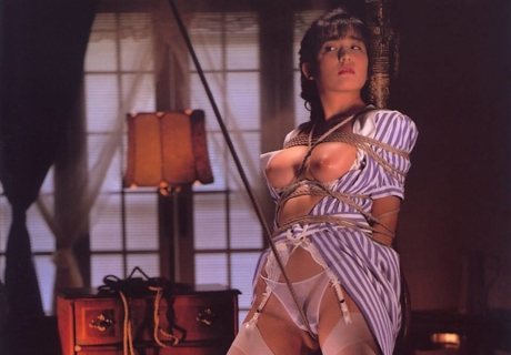 Itsuki Mariko 樹まり子