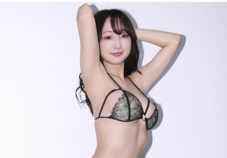 Manamori Chie 愛森ちえ