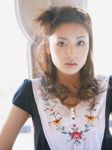 Mitsuya Yoko 三津谷葉子